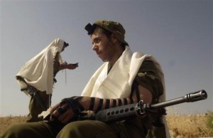 Tefillin in the IDF
